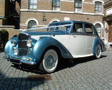 Noble Lady - Bentley R
